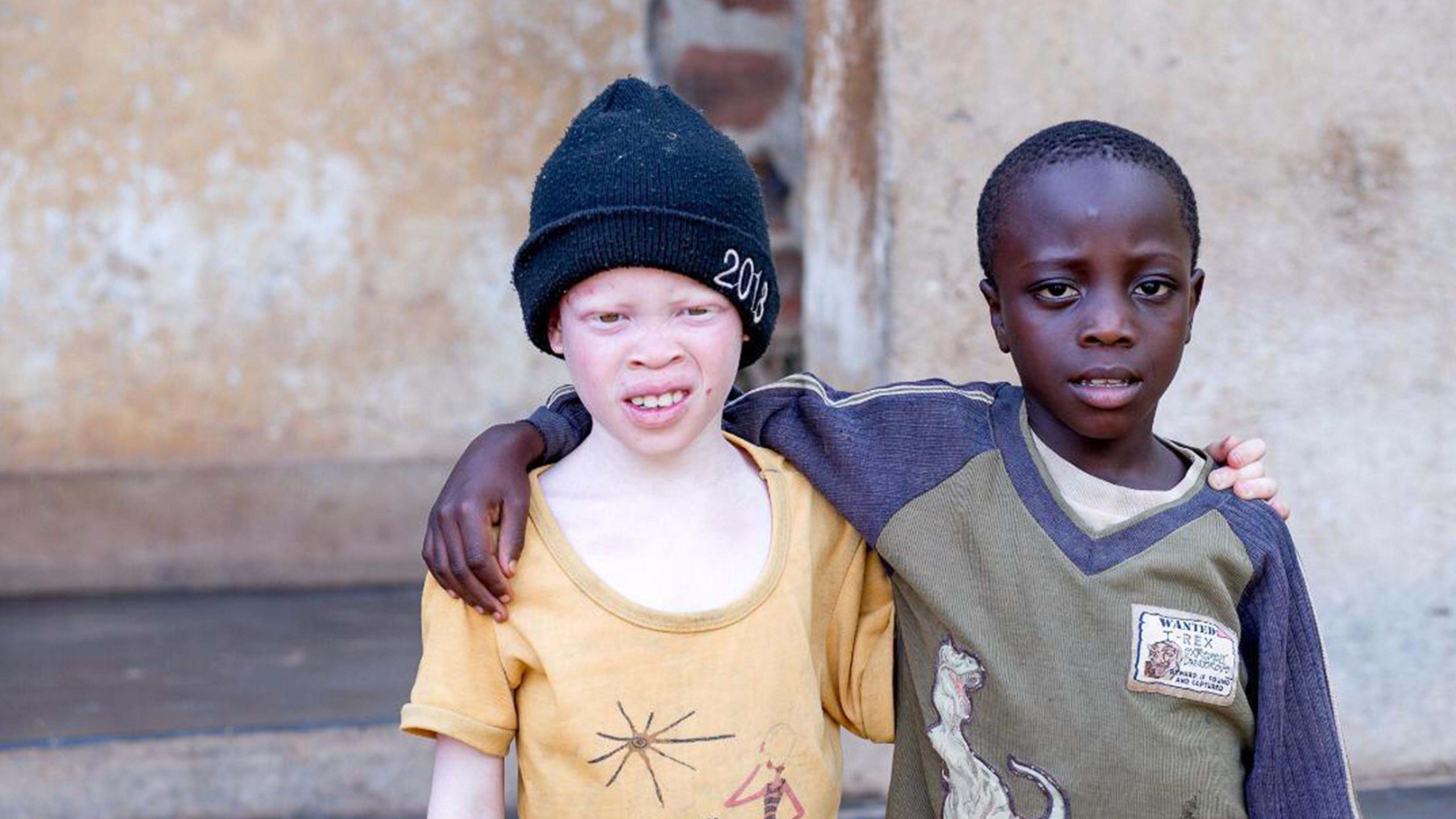 Hjemløse gutter i Uganda